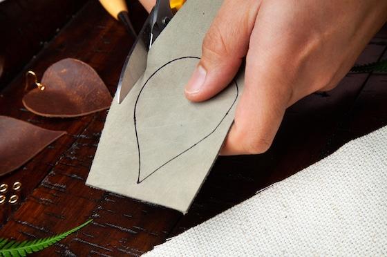 Leather Leaf Earrings Step 1B