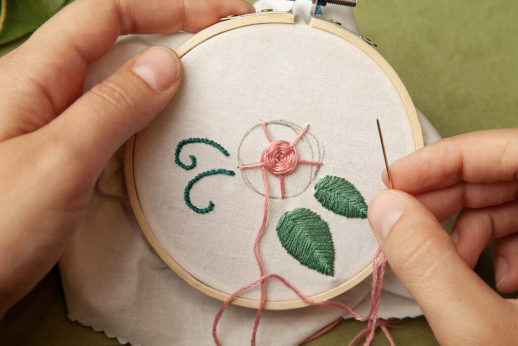 Rose Embroidered Bag Wheel Stitch Step 9