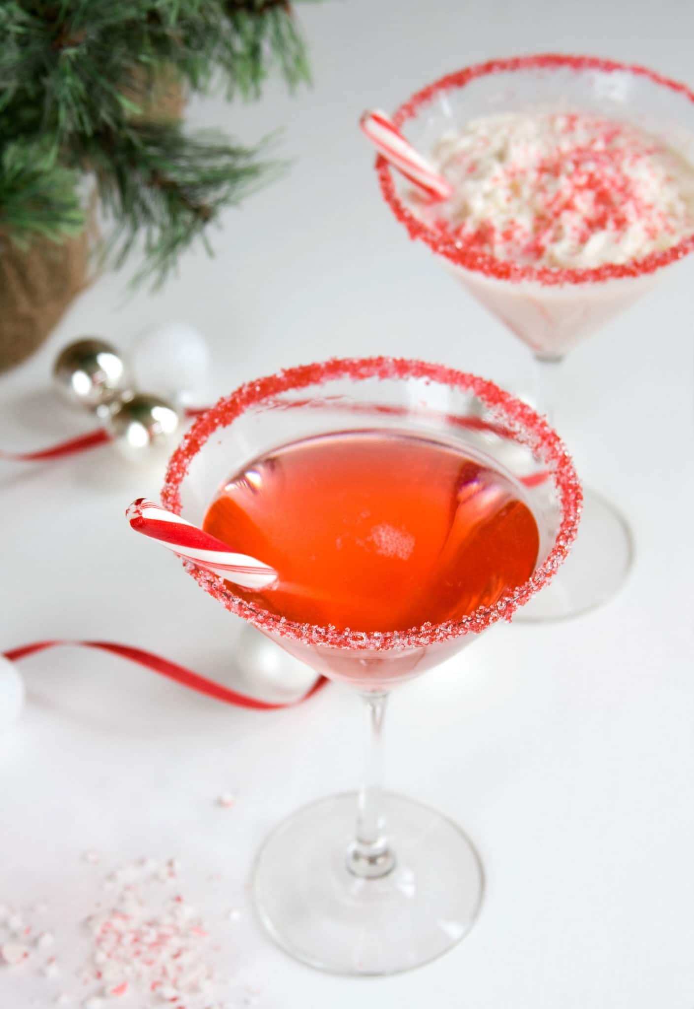 Dell Cove Spices Candy Cane Martini