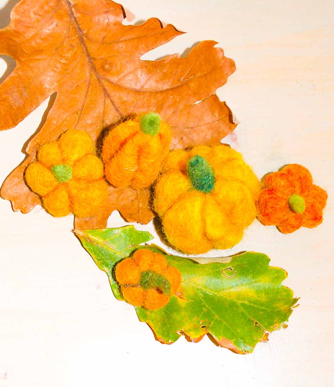 web Felt Pumpkin 2